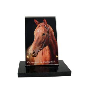 articles funeraires cheval personnalisables